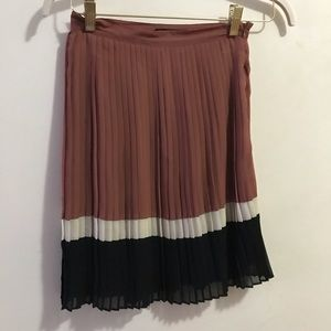 F21 rust brown red pleated striped skirt